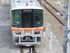 キハ127-1前面